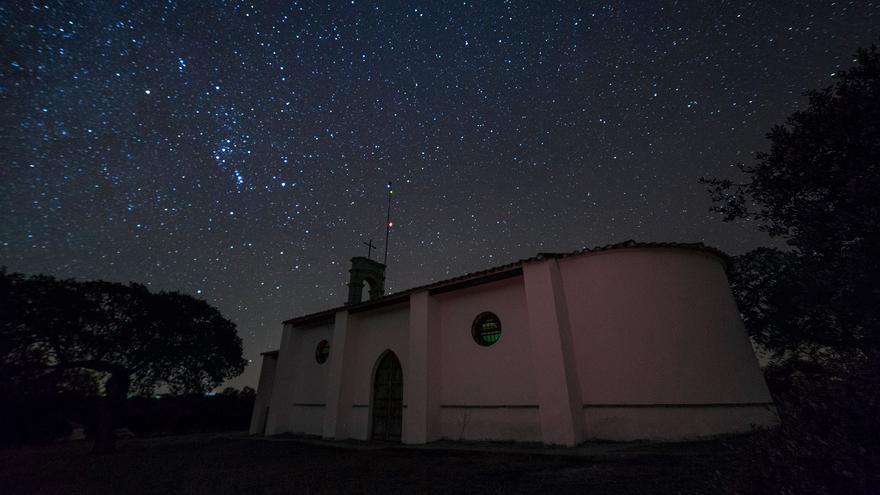 ¿Dónde ver las perseidas en Córdoba? Estos son los mejores sitios para contemplar las estrellas en la provincia