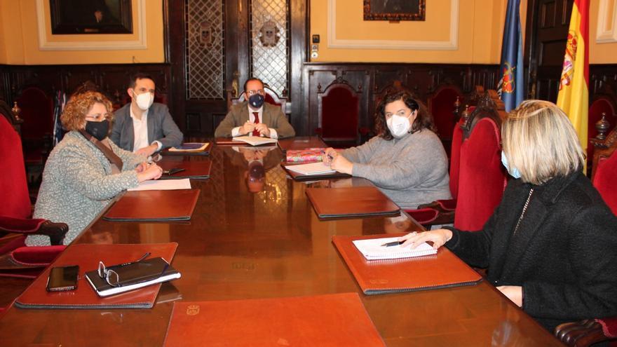 Oviedo confía en que el Principado inicie las obras del nuevo colegio de Latores este año