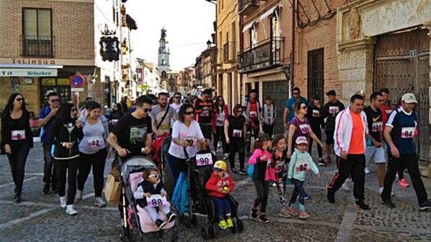 """La asociación Bambalinas celebra online la marcha benéfica """"Andarines"""""""