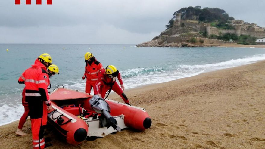 Reanimen un pescador que ha caigut a l'aigua i ha aparegut surant a Tossa