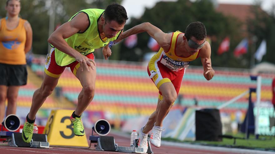 Gerard Descarrega logra defender su oro paralímpico en los 400 metros