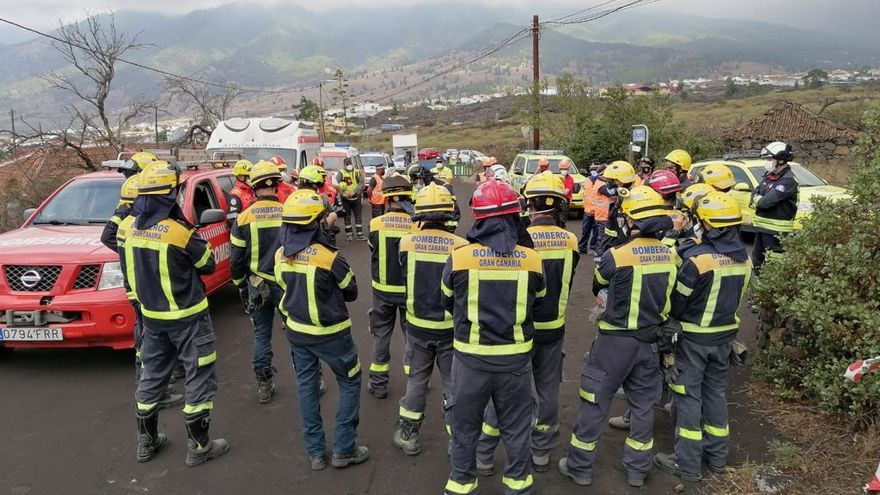 La impotencia de los bomberos grancanarios por no lograr salvar Todoque de la lava