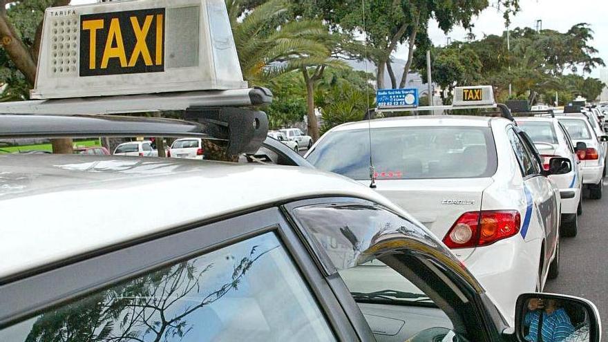 Taxis en Santa Cruz de Tenerife.