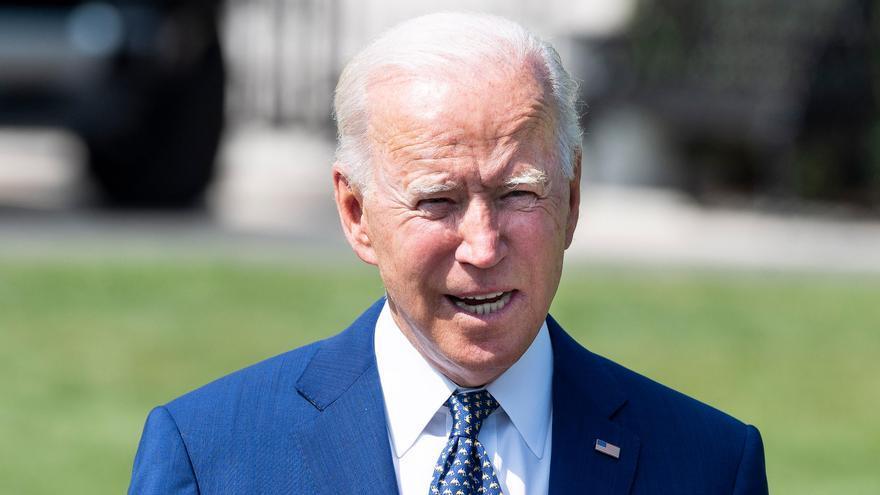 Biden exige a todos los funcionarios y militares que se pongan la vacuna contra la Covid-19