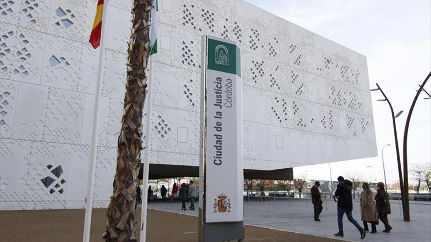 Córdoba duplica en un solo año las causas pendientes por cláusulas suelo