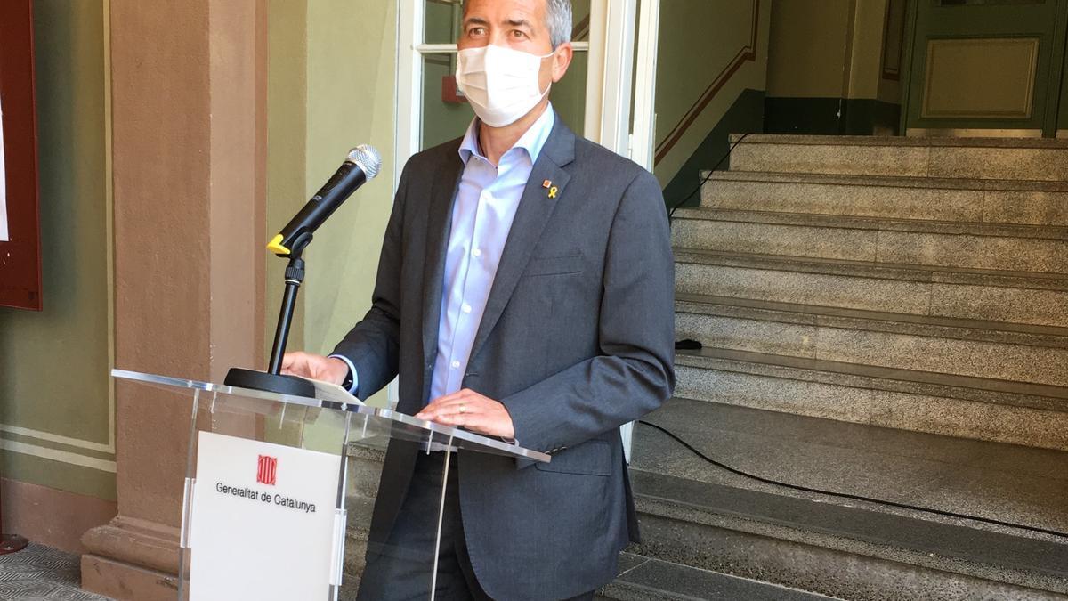 El conseller d'Educació de la Generalitat, Josep Gonzàlez-Cambray, en roda de premsa