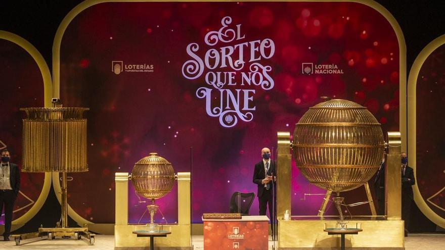 """5º premio en Vinaròs: """"Hemos repartido diez décimos que se los llevó casi todos una única persona"""""""