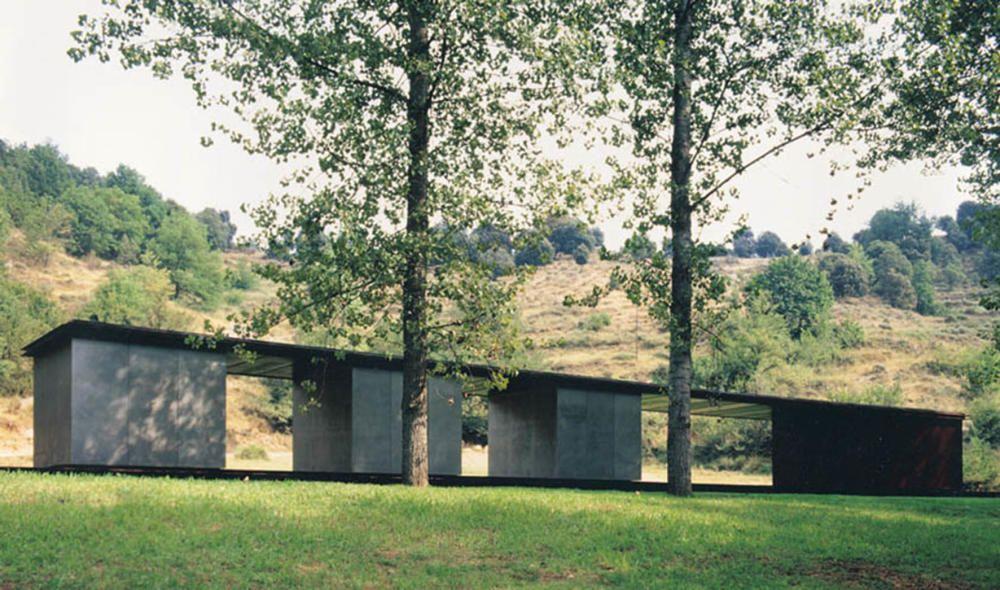 Pavelló de bany  de Tussols-Basil (Olot, 1998)