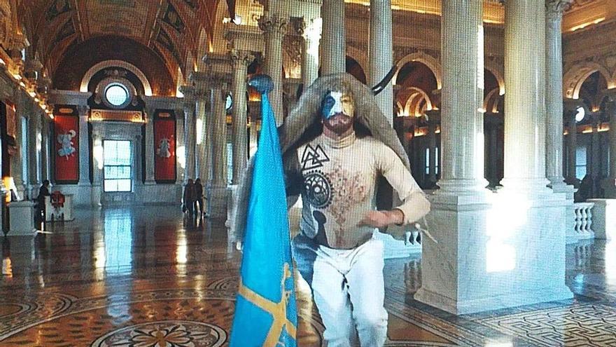 """El Antroxu """"que no fue"""" terminó en la toma del Capitolio astur"""