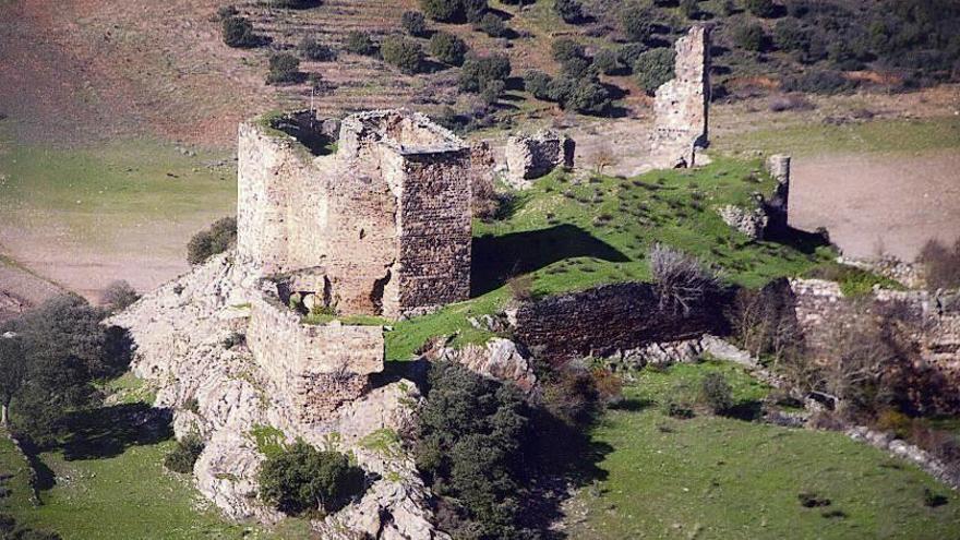 UPL pide la rehabilitación del Castillo de Alba y el convento de Nuestra Señora del Valle