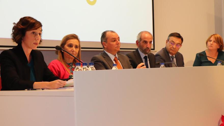La patronal valenciana exige la supresión del IAE y del Impuesto sobre el Patrimonio