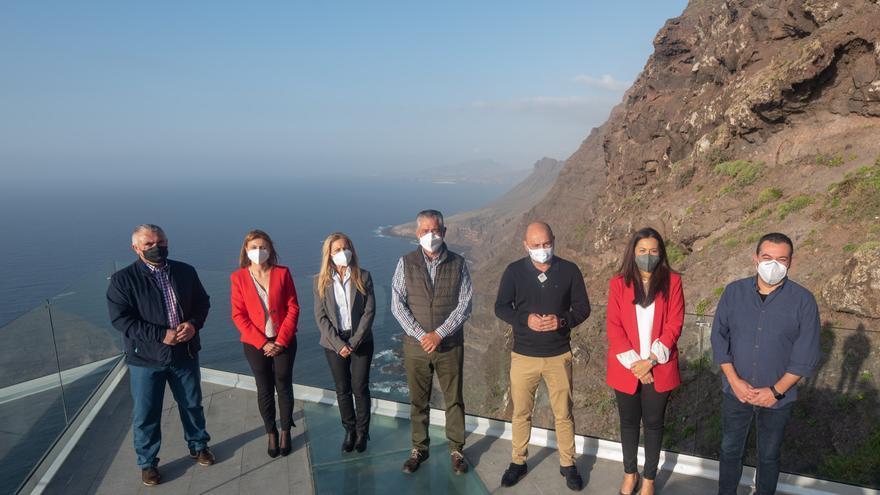 La Aldea fortalece el turismo de observar las estrellas con tres nuevos miradores