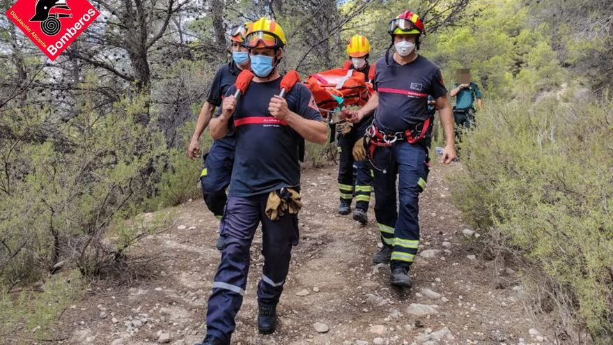 Rescatada tras fracturarse el tobillo mientras caminaba por las Fuentes de l'Algar