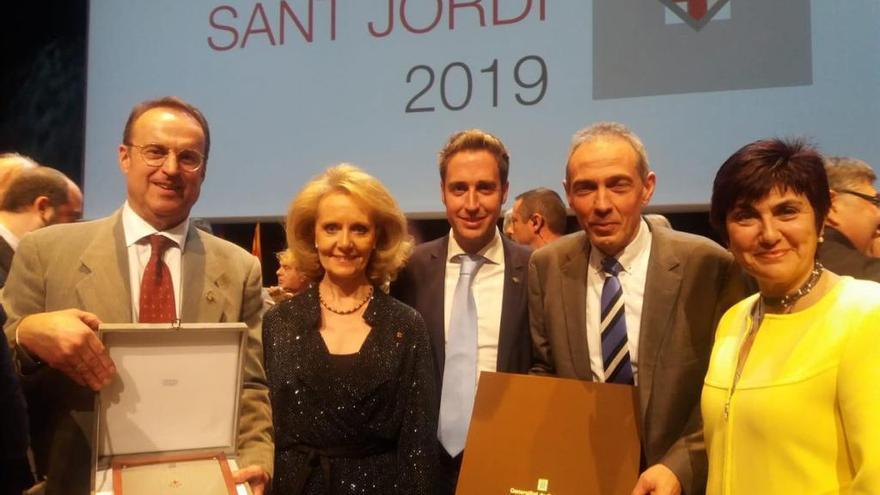La Fundació Altem i Lluís Albert reben la Creu de Sant Jordi al costat de Messi