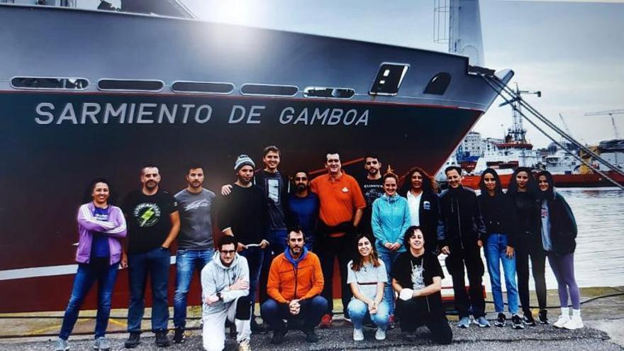 Investigadores de Vigo estudian las larvas salvajes de pulpo en la costa gallega y lusa