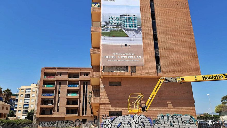 Nuevo revés judicial para el apartahotel  subastado de La Pobla