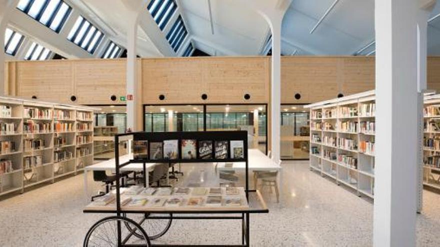 Dilluns comença la Mobile Week a Figueres amb 'Bibliolabs' a la biblioteca