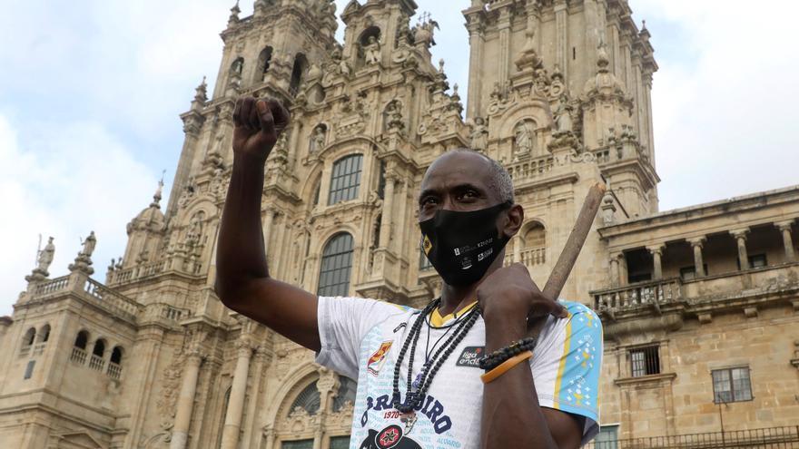 Craig Hodges llega a Santiago tras concluir el Camino Portugués da Costa