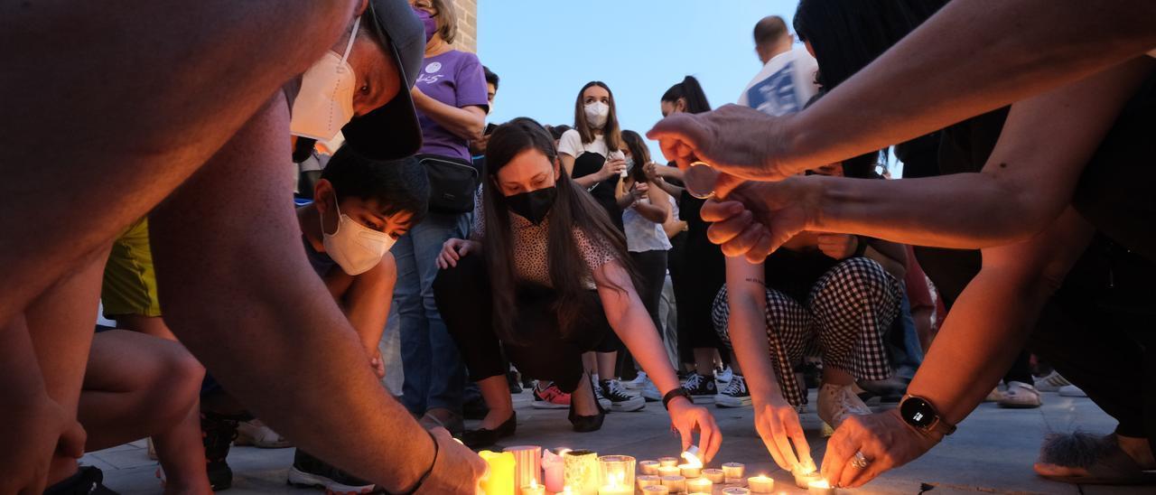 Las imágenes de las concentraciones extremeñas contra la violencia machista