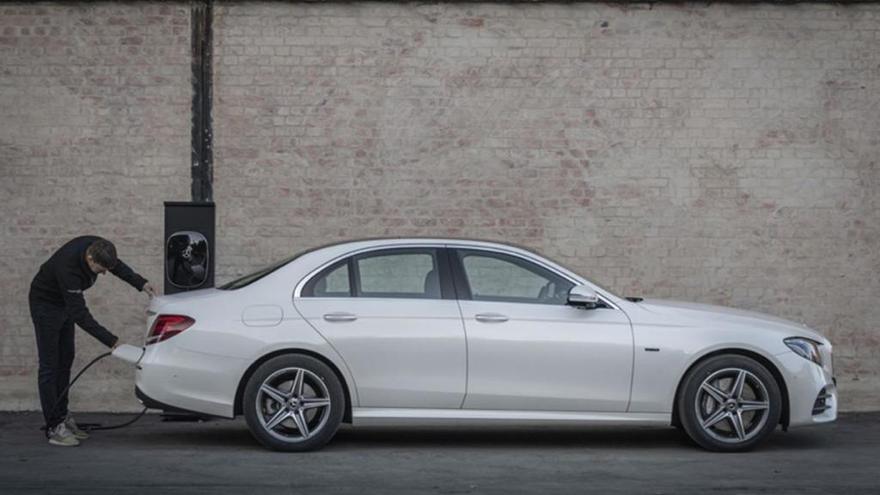 Mercedes-Benz 300 DE, electrificació dièsel