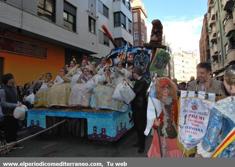 Las mejores imágenes de la Cabalgata del Ninot de Burriana