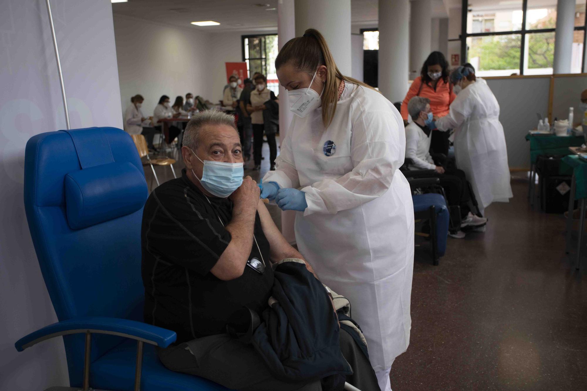 Crece el ritmo de vacunación en el Port de Sagunt.