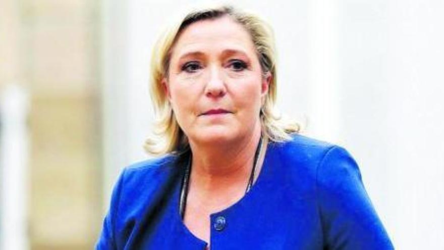La crisis i la covid-19 impulsen Le Pen entre els joves francesos