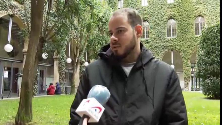 """Pablo Hasél se encierra en la Universitat de Lleida: """"No nos quedaremos de brazos cruzados"""""""