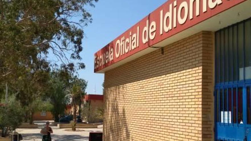 La Escuela de Idiomas de Torrevieja abre el plazo de matriculación y ofrece 2.000 plazas