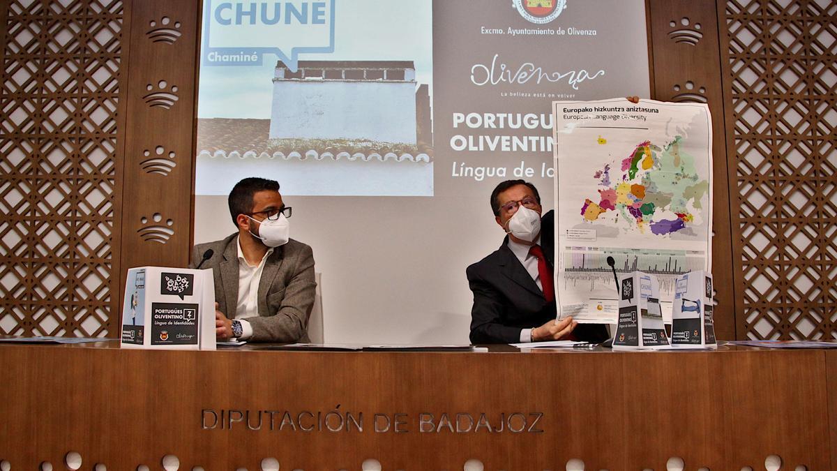 Manuel González Andrade y Eduardo Naharro, ayer en la diputación pacense.