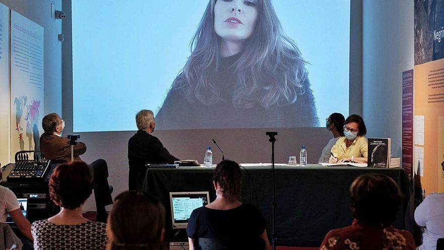 "Un libro busca ""arrojar luz"" sobre la ""leyenda negra"" de Juan Negrín"