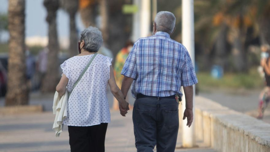 Unos 75.000 pensionistas españoles cobrarán esta semana una extra de Navidad reducida