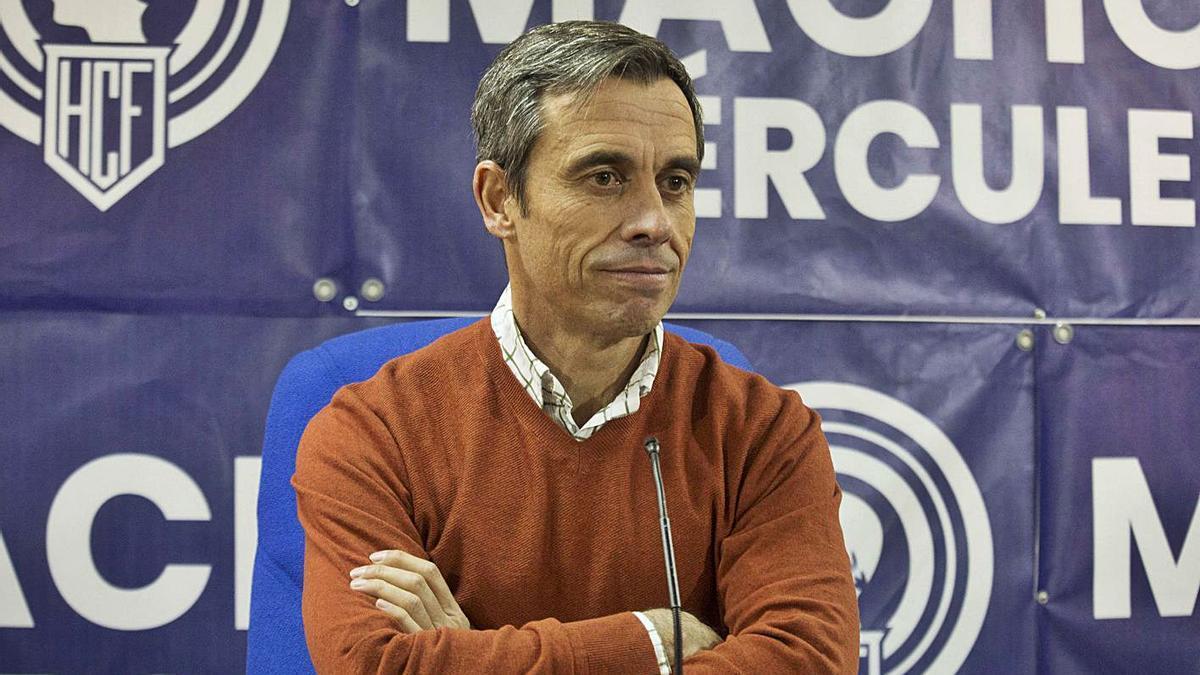 Carmelo del Pozo, ayer en la sala de prensa del Rico Pérez.