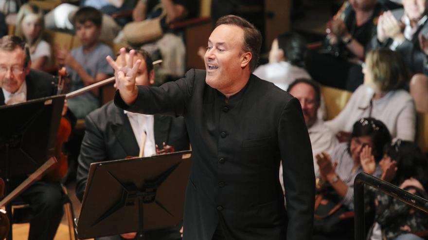 Juan Pérez Floristán y Chichon, invitados de lujo del segundo concierto de temporada de la OFGC