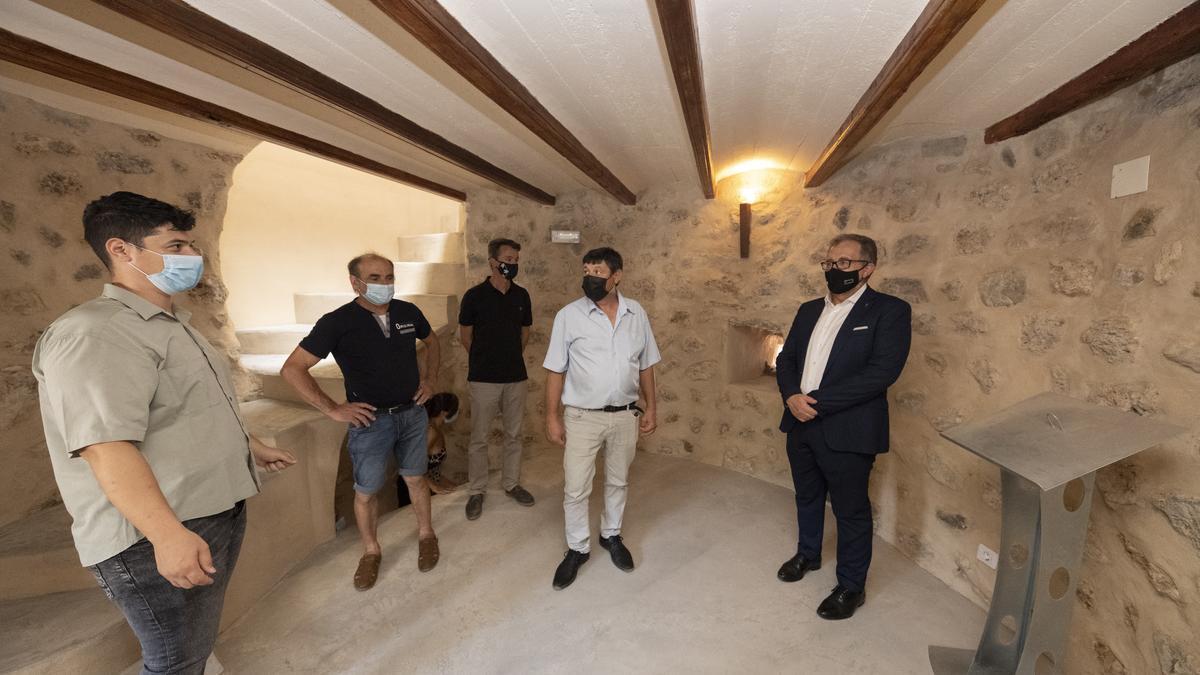 José Martí visita Torrechiva para comprobar el desarrollo de obras financiadas a través del Plan 135.