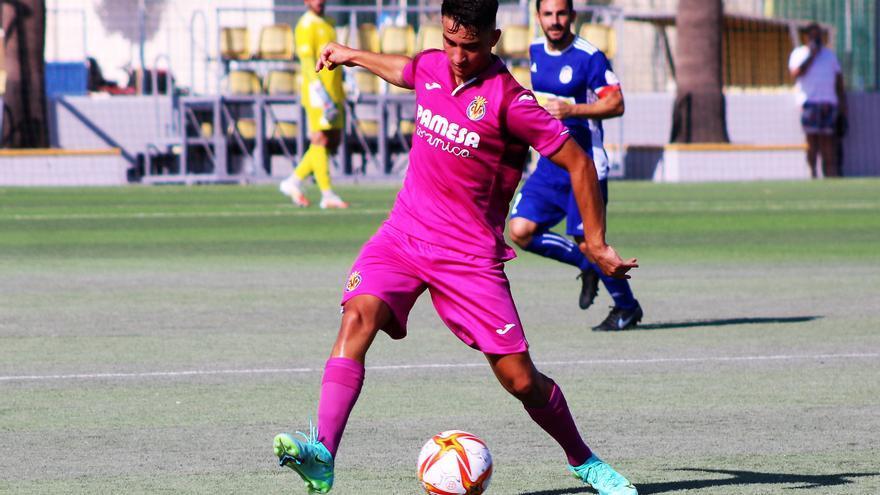 El Villarreal C se ve remontado en el campo del Silla (2-1)