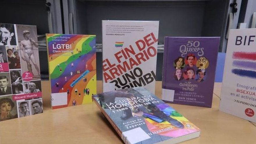 El juez autoriza que los polémicos libros LGTBI de Castellón se pongan a disposición de los alumnos