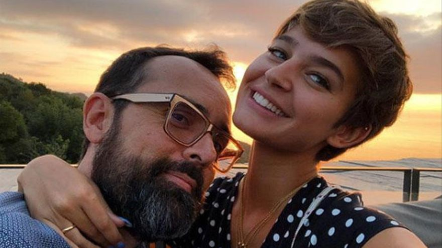Laura Escanes muestra la imagen más emocionante de su hija Roma