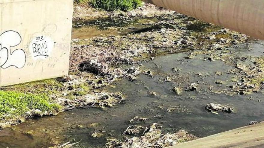 La CHJ investiga el vertido en el Barranco del Palmaret