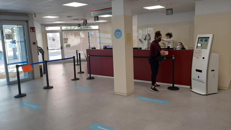 El CAP Ernest Lluch de Figueres amplia l'àrea d'Urgències i millora l'accessibilitat al centre