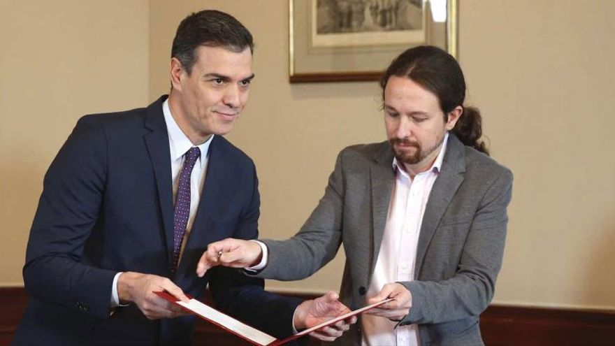 Sánchez e Iglesias cierran la reforma fiscal tras el atasco de sus equipos negociadores