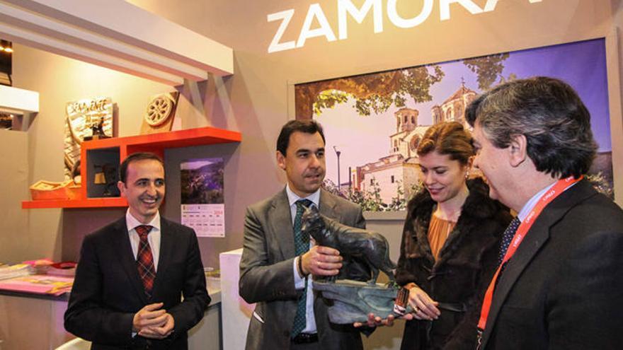 El Patronato de Turismo presenta en Fitur la próxima llegada del AVE a Zamora