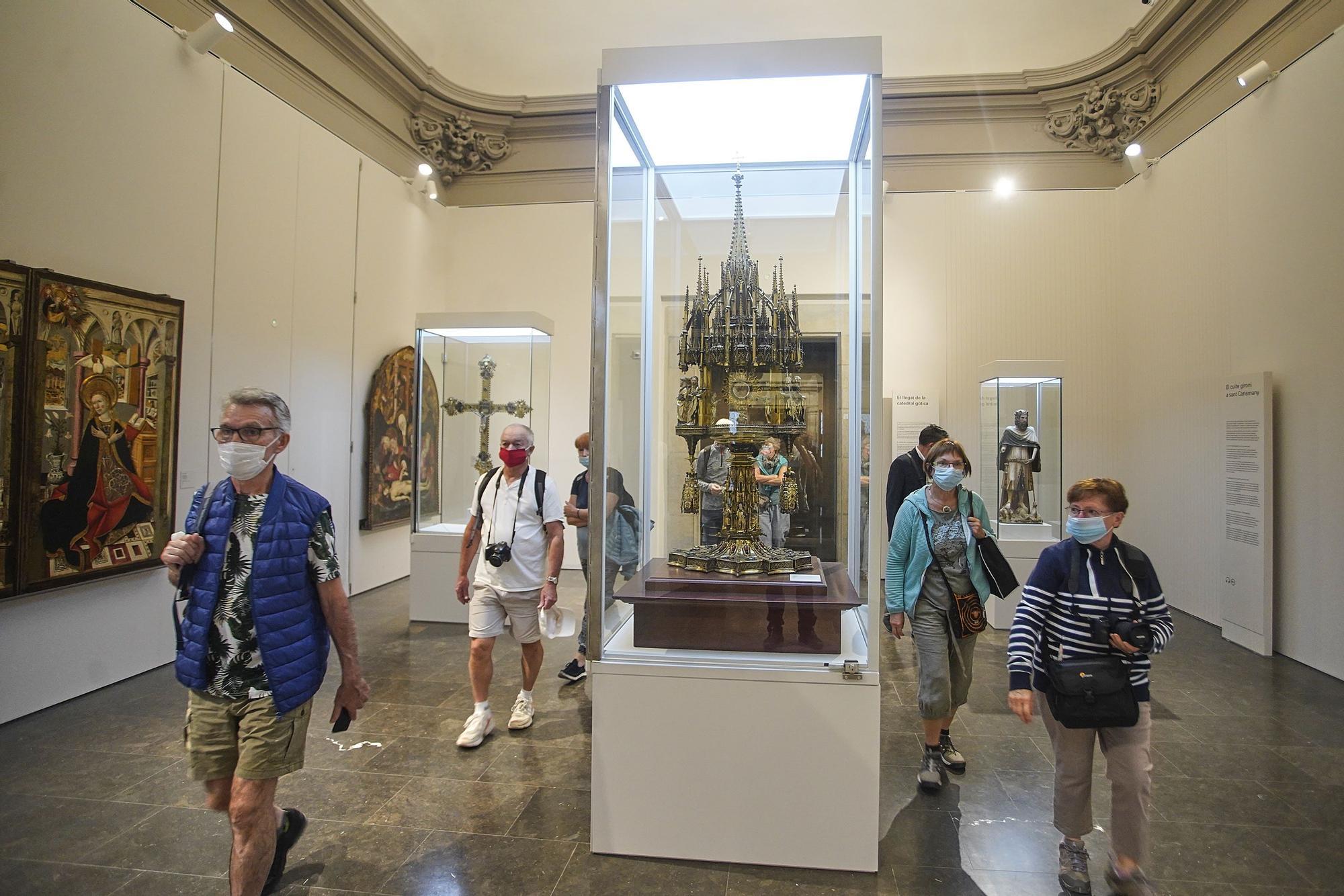 La reforma del museu porta els visitants de la Catedral fins al Tresor i el Tapís