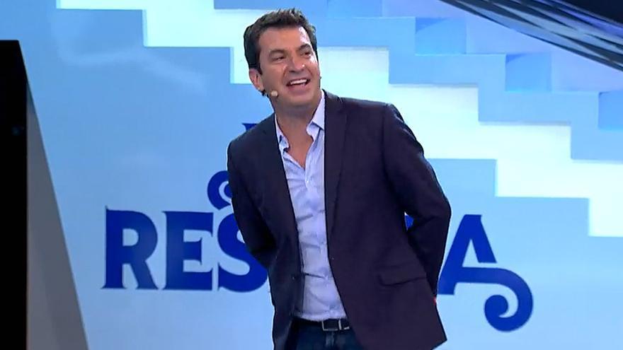 Santiago Segura y la Terremoto se divertirán 'Me resbala' y Yurena será anfitriona en 'Ven a cenar conmigo: Gourmet Edition'