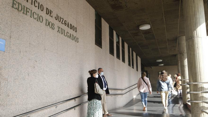 La Audiencia de Vigo exime a un separado de pagar la pensión a su hija mientras esté en prisión