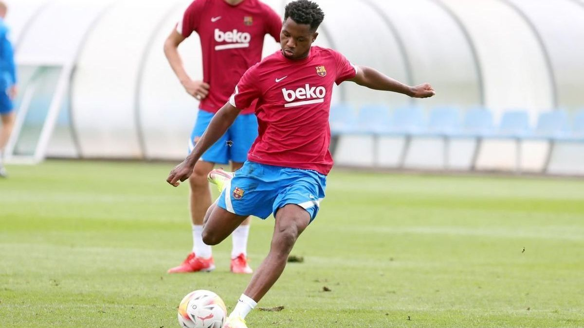 Ansu Fati, in a training session with Barça in the sports city.
