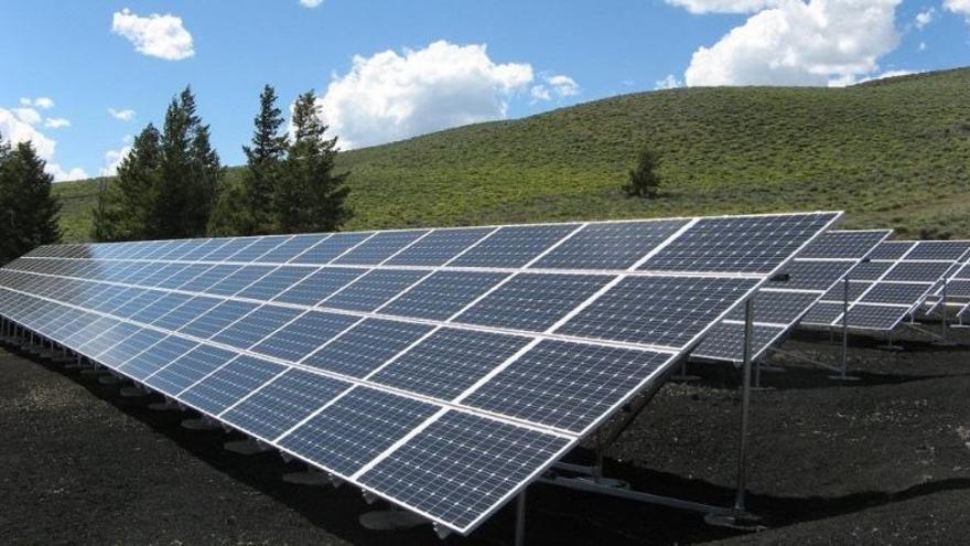 El Molinar tendrá un parque solar en suelo rústico con más de 7.000 placas