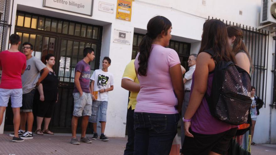 Andalucía reduce su tasa de abandono escolar y deja de estar a la cola española