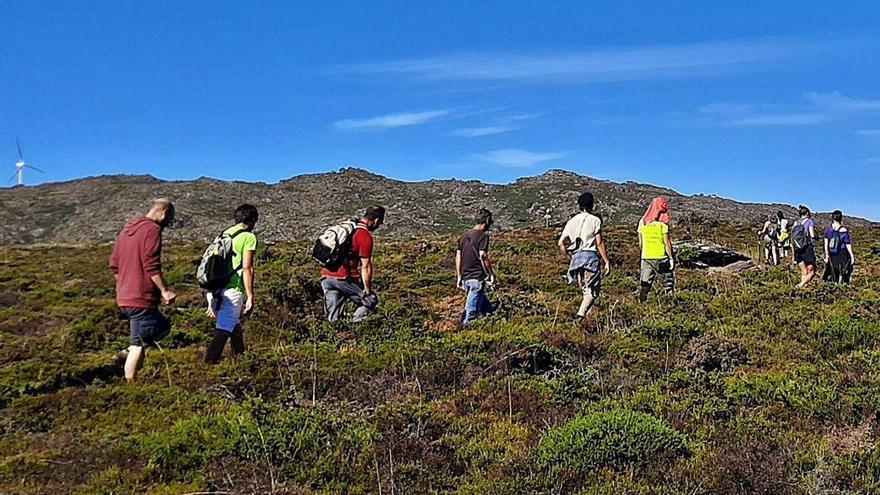 Colectivos de A Guarda y Portugal se unen en defensa de Serra d'Arga
