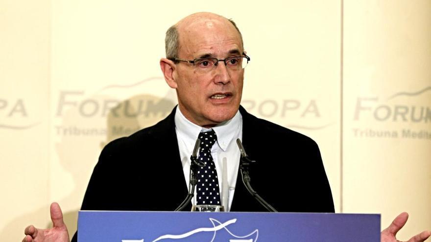 """Rafael Bengoa: """"Confinar en casa de forma estricta evitaría 400 muertes al día"""""""